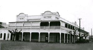 black_white Hotel